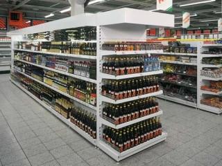 Prodejní regály na potraviny a nápoje - výroba na míru